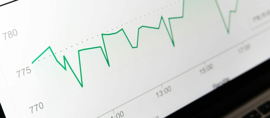 Este artículo habla acerca de cómo mejorar tus finanzas personales. La imagen es acorde.